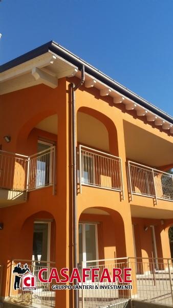 Appartamenti in vendita lierna appartamento su due livelli for Nuove case su due livelli