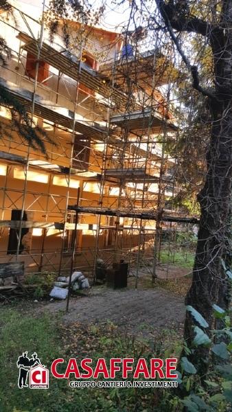 Villa in vendita a Erba, 15 locali, prezzo € 1.200.000 | Cambio Casa.it