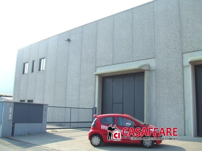 Capannone in affitto a Castelmarte, 1 locali, prezzo € 1.900 | Cambio Casa.it