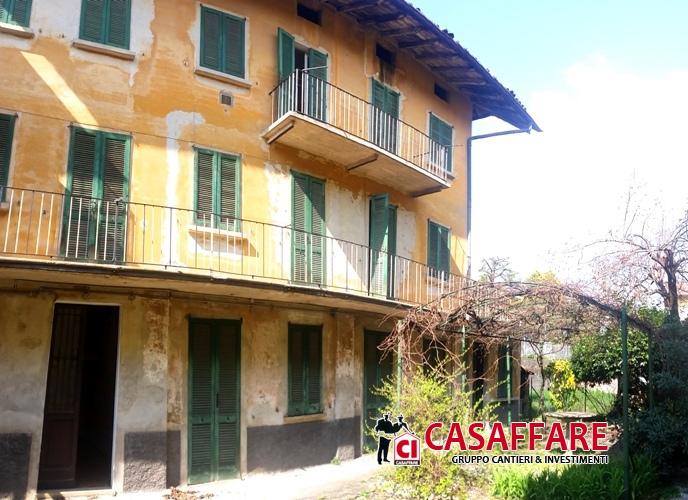 Casa Indipendente vendita VALMADRERA (LC) - 5 LOCALI - 155 MQ