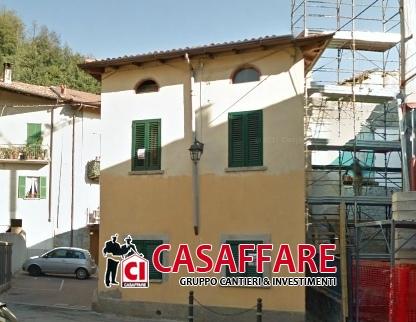 Villa in vendita a Albavilla, 4 locali, prezzo € 145.000 | Cambiocasa.it