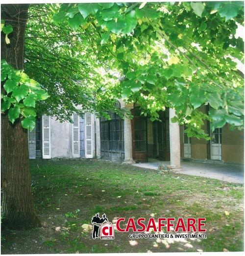Villa in vendita a Erba, 9999 locali, prezzo € 880.000 | Cambio Casa.it