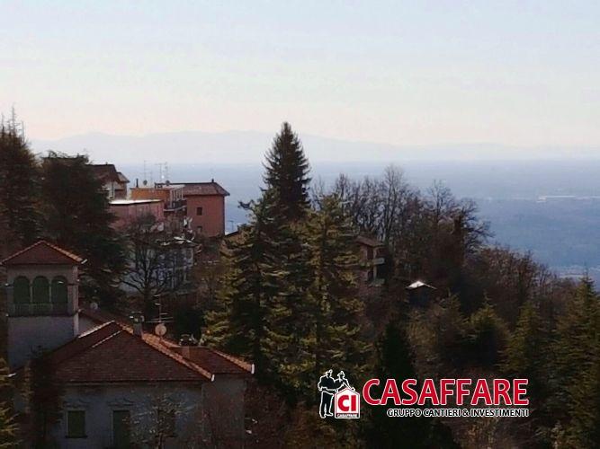 Attico / Mansarda in vendita a Brunate, 4 locali, prezzo € 195.000 | Cambio Casa.it