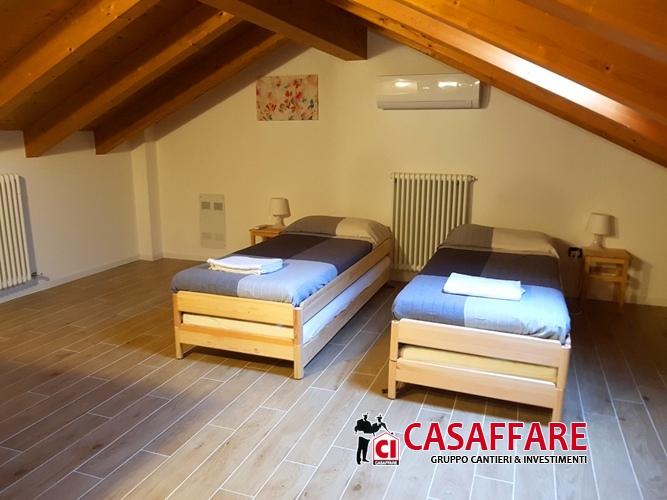 Appartamento in vendita a Bellagio, 4 locali, prezzo € 370.000 | PortaleAgenzieImmobiliari.it