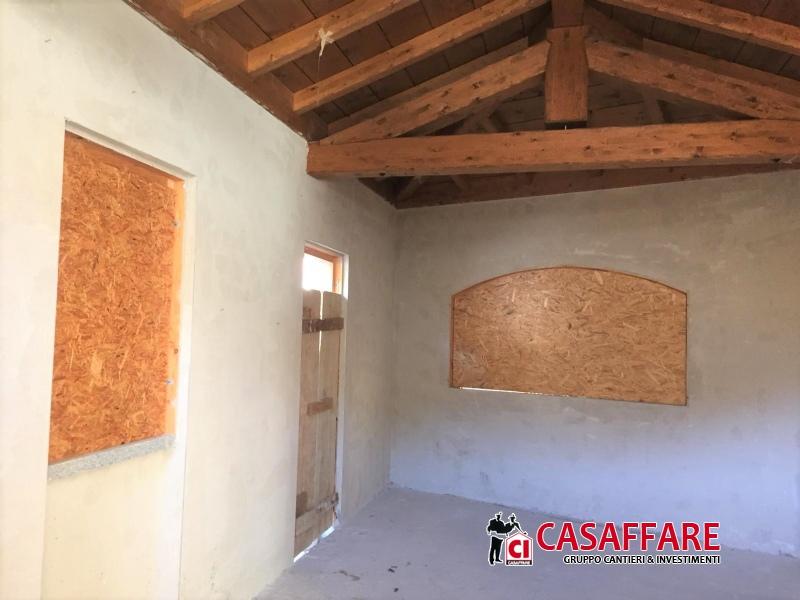 Ufficio / Studio in vendita a Moggio, 2 locali, prezzo € 80.000 | PortaleAgenzieImmobiliari.it