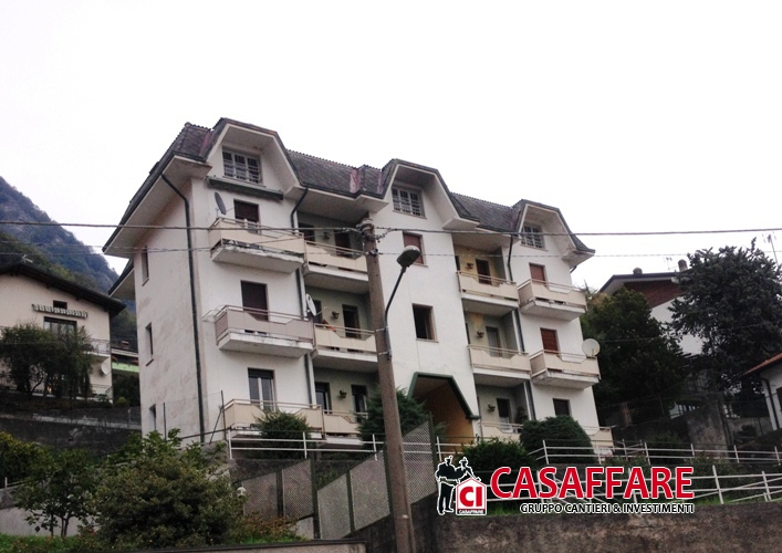 Appartamento in vendita a Caslino d'Erba, 2 locali, prezzo € 60.000 | PortaleAgenzieImmobiliari.it