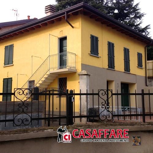 Soluzione Semindipendente in vendita a Grandate, 5 locali, prezzo € 275.000 | PortaleAgenzieImmobiliari.it