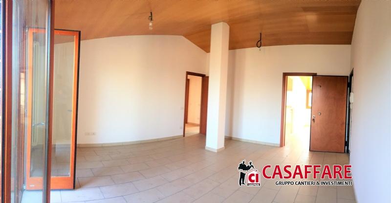Appartamento in vendita a Lambrugo, 4 locali, prezzo € 201.000 | PortaleAgenzieImmobiliari.it