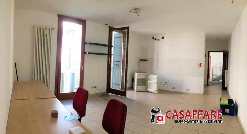 Appartamento in vendita a Lambrugo, 3 locali, prezzo € 149.000 | PortaleAgenzieImmobiliari.it